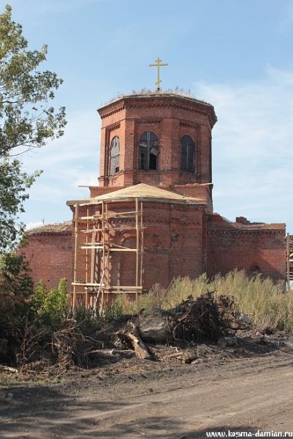 Восстановление кровли над алтарной частью храма